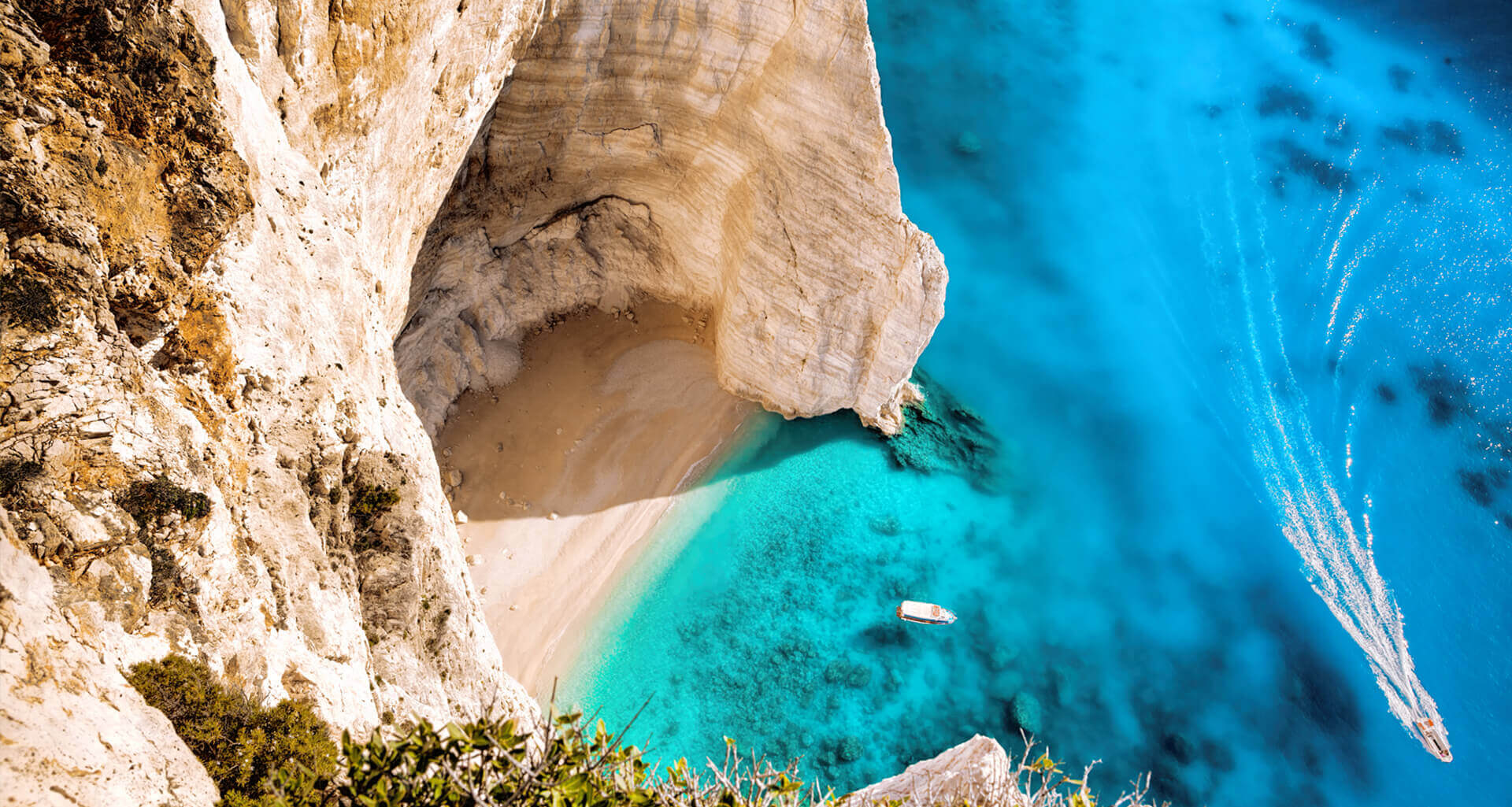 yacht charters villa rentals greece summer holidays slider image